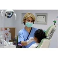 Dişlerinizi Çürümeden Nasıl Koruyabilirsiniz?