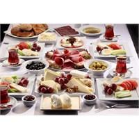 En Güzel Kahvaltı Masası Hazırlama Örnekleri