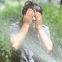Sıcak hava gözlere de zararlı