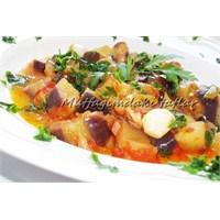 Hafif Zeytinyağlı Patlıcan Yemeği
