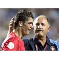 Futbol Kariyerini Bitiren Hareket