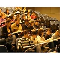 Üniversite Öğrencisine Ulaşmanın Basit Yolları