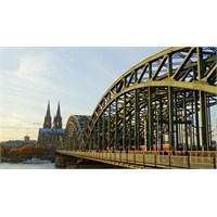 Köln Gezilecek Yerler