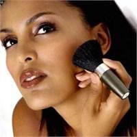 Esmer Hanımlara Makyaj Önerileri