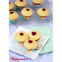 Frambuaz Reçelli Mısır Unlu Muffinler
