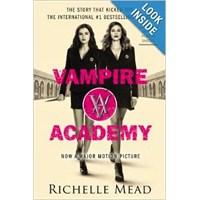 Film Afişli Vampir Akademisi Kitabı Hazır