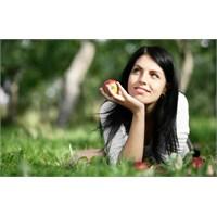 Kadınları Mutlu Etmenin 10 Yolu