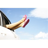 Ayaklarımızın Şişmesini Nasıl Önleyebiliriz?