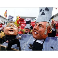 Almanya, Nükleer Santrallerini Kapatıyor