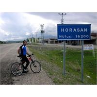 Horasan'dan Öte Giden Yol Uzun