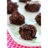 Pişirilmeyen Çikolatalı Hindistan Cevizli Makaronl