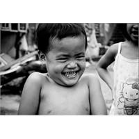 Mutluluk Terazisinde Dengeler Kimin Elinde?