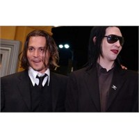 "Marilyn Manson & Johnny Depp ""You're So Vain"""
