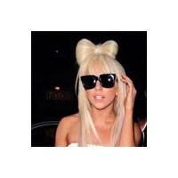 Lady Gaga Ve Sıradışı Kıyafetleri