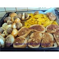 Soğan Kebabi Ve Nefis Ekmekleri