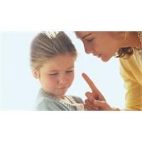 Bu Davranışlar Çocuğa Duygusal Şiddet İçeriyor