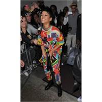 Rihanna Son Günlerde Ne Giymiş?