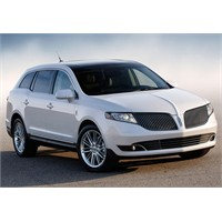 2013 Lincoln Mkt Teknik Özellikleri