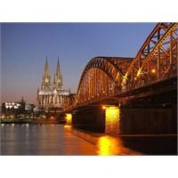 Köln'de Görülecek Yerler