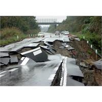 Deprem Dünya Devlerini Vurdu!