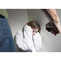 Şiddet Eğilimi Olan Erkekler Böyle Davranıyor!