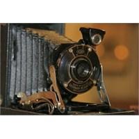 Tarihteki İlk Fotoğraf Makineleri Nasıldı?