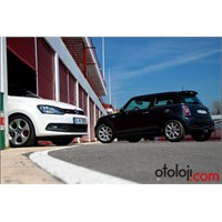 Videolu Pist Testi: Mini Cooper S-vw Polo Gti