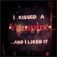 İk: Vampirliği Sizden Öğrenecek Değiliz