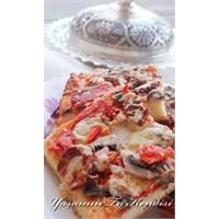 Ev Usulü Kolay Pizza