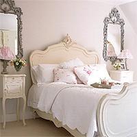 Şimdi Fransız Stilinde Yatak Odaları Moda!