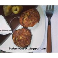 Bayat Ekmek Köftesi / Fırında
