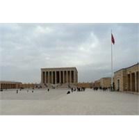 Tarihin Merkezi ' Anıtkabir'