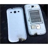 Galaxy S3 Patladı Ve...