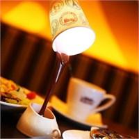 Dökülen Kahve Görünümlü Masa Lambası