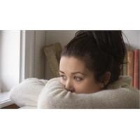 Genç Kızın Kabusu: Evde Kalma Korkusu