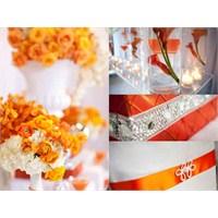 Turuncu Buketlerle Yaz Düğünleri Artık Daha Sıcak