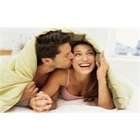 Düzenli Seks Hayatı Kadınları Güzelleştiriyor