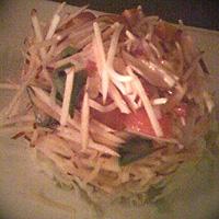 Ekşi Elmalı Salata