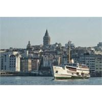 Karaköy'de Kısa Bir Gün