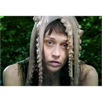 "Yeni Video: Fiona Apple ""Every Single Night"""