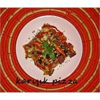 Bol Malzemeli Karışık Pizza