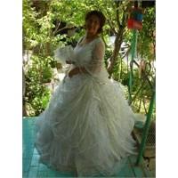 Gelinlerin En Güzeliyle Bin Kere Daha Evlenmek…
