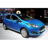 Makyajlı 2013 Ford Fiesta Paris'te
