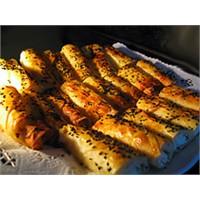 Hazır Yufka İle Patatesli Börek Tarifi