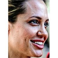 Angelina Jolie Makyajsız