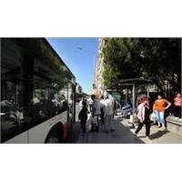 İstanbul Otobüs Duraklarında Akıllı Kart İş Fikri