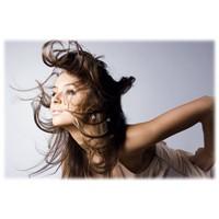 Saçlarımızı Zararları Etkilerden Korumak