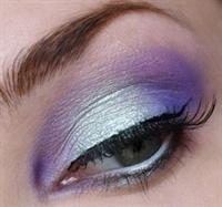 Gölgeli Göz Makyajı Modeli