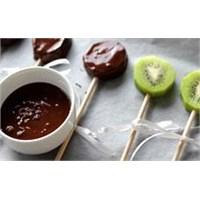 Çikolatalı Kivili Lolipop Yapımı