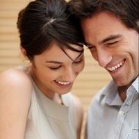 Kadınlar Hoşlandıklarını Nasıl Belli Ederler
